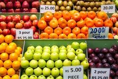 水果摊在毛里求斯 免版税库存图片