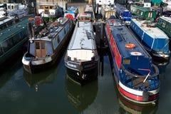 水池小船limehouse伦敦被停泊的缩小的英国 免版税库存照片