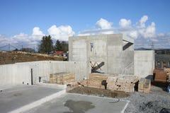 水泥基础房子 库存图片