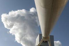 水泥工厂运输管子 图库摄影