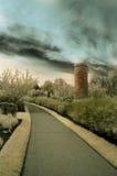 水泥庭院红外线路径 免版税库存照片