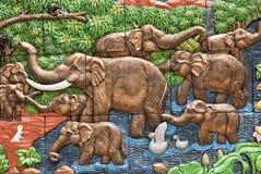 水泥手工造泰国浅浮雕的样式 免版税图库摄影