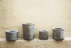 水泥罐和墙壁照片 免版税图库摄影