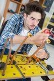 水管工供气焊接的燃烧器热化铜手肘配件 免版税库存照片