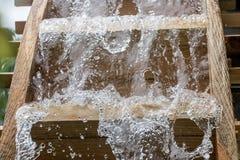 水车刀片转动在水下小河, 图库摄影