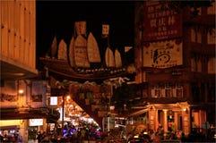 永克尔步行夜市在马六甲,马来西亚 免版税库存图片