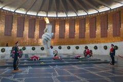 永恒火焰在Mamayev库尔干 图库摄影