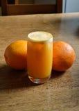 汁液自然桔子 免版税图库摄影