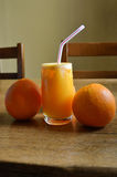 汁液自然桔子 免版税库存图片