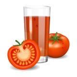 汁液蕃茄 在玻璃的红色西红柿汁 自然菜饮料 图库摄影