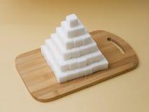求金字塔糖的立方 图库摄影