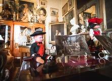 汇集古色古香的玩偶对象时代装束 库存图片