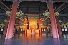 汉城昌德宫宫殿-皇帝位子 免版税库存照片