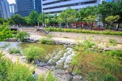 汉城,韩国- 2017年6月19日清溪川小河在汉城, Kore 图库摄影