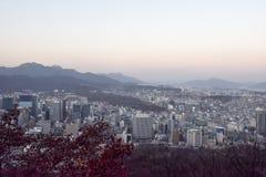 汉城,韩国- 2017年2月04日:对顶视图的惊人的看法在s 库存图片