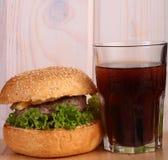 汉堡和可乐 图库摄影