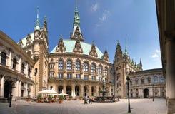 汉堡城镇厅,露台 免版税库存图片