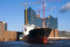 汉堡港口和易北河爱好音乐霍尔 库存照片