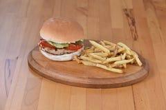 汉堡鸡快餐热鲜美 免版税图库摄影