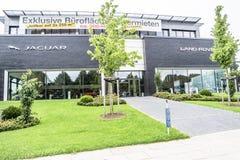 汉堡,德国- 2017年7月13日:捷豹汽车陆虎自动PLC是陆虎限制捷豹汽车的控股公司  免版税库存照片