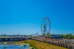 汉堡,德国- 2015年6月08日:从汉堡眼睛的惊人的看法,看见所有城市的弗累斯大转轮 免版税库存图片