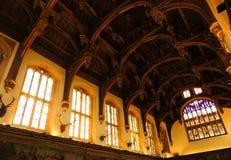 汉普顿法院宫殿- 免版税库存照片