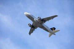 汉莎航空公司空中客车A319-100 免版税库存图片