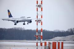 汉莎航空公司空中客车A319-100 D-AILD在慕尼黑机场MUC 库存照片