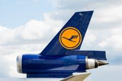 汉莎航空公司货物MD-11尾巴 图库摄影