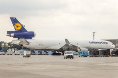 汉莎航空公司货物MD-11货轮 图库摄影