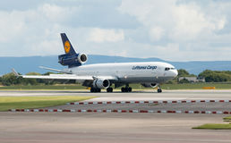 汉莎航空公司货物MD-11 免版税库存图片