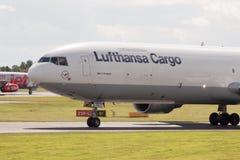 汉莎航空公司货物MD-11 图库摄影