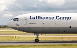 汉莎航空公司货物MD-11 免版税库存照片
