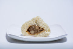 汉语与充塞的蒸的小圆面包里面 免版税库存照片