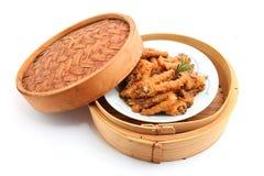 汉语煮熟的鸡脚 图库摄影