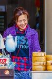汉语蒸的小圆面包在长崎唐人街 库存照片