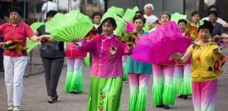 汉语跳舞普遍的农村yangko 免版税库存图片