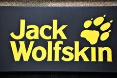 汉诺威/德国- 11/13/2017 -杰克Wolfskin商标的图象 免版税库存图片