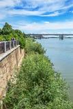 江边和前10月公共事业b的看法 库存照片
