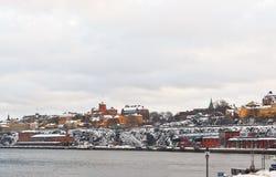 江边在冬天斯德哥尔摩 图库摄影
