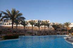 水池在旅馆里 免版税图库摄影
