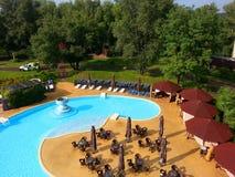 水池在旅馆 免版税库存照片