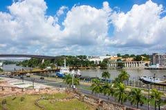 池塘和棕榈树的美好的风景在圣多明哥,多米尼加共和国 免版税图库摄影