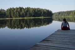 池塘日出 库存照片
