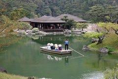 池塘的小旅游船 库存图片