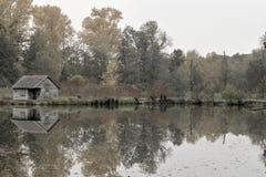 池塘的议院 库存照片
