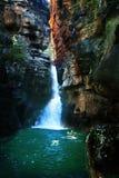 池岩石游泳 免版税图库摄影