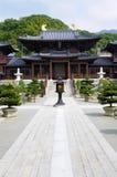 池氏林佛教寺庙庭院香港,垂直,拷贝空间 免版税库存图片