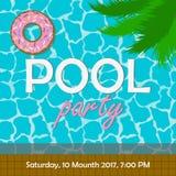 池边聚会邀请或海报,横幅 模板为邀请与棕榈树叶子和游泳圆环的卡片以多福饼形式 向量 免版税库存照片