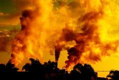 污染日落 免版税库存图片